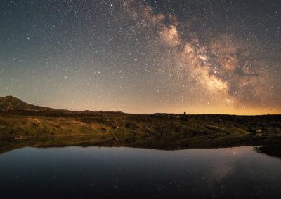 nightsky - stars - milkyway - dolomites - dolomiten - lake - south tyrol