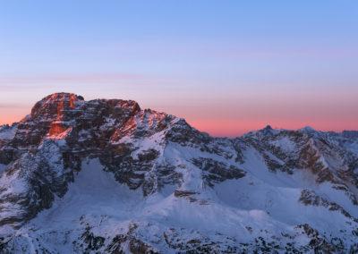 Hohe Geisl gets the first light / Prags (IT) / Daniel Tschurtschenthaler