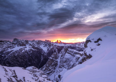 three peaks of lavaredo - sunrise - dolomites - dürrenstein - winter -