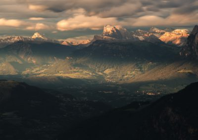 The schlern and his towns at sunset / Dolomites (IT) / Lukas Schäfer