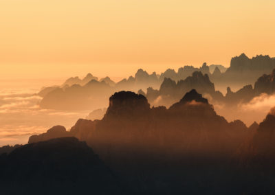The cadini group during the golden hour / Dolomites (IT) / Lukas Schäfer