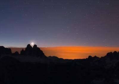 Moon - Moonlight - Moonrise - Dolomites - Night - Nightsky